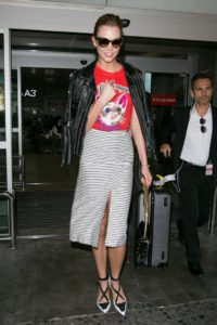 cannes-2016-airport-karlie-kloss